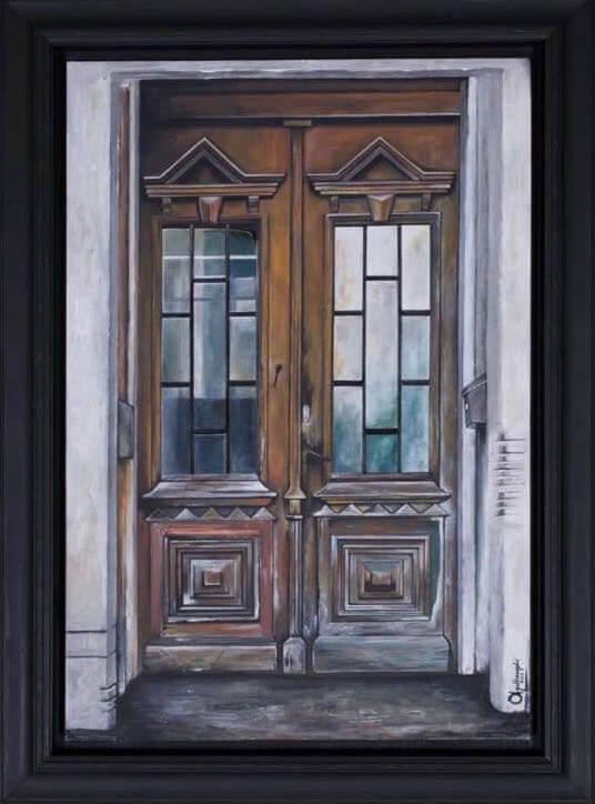 η θύρα/i thira (the door)